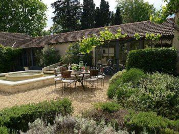 adelaparvu.com-despre-casa-in-stil-Provence-Maison-de-Line-Franta